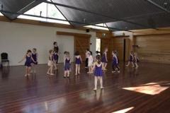 Dance class 10